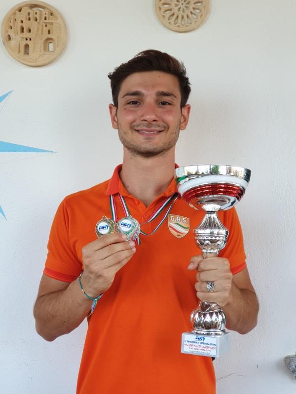 images Nuoto, il soveratese Gino Vitale è il più veloce della Calabria