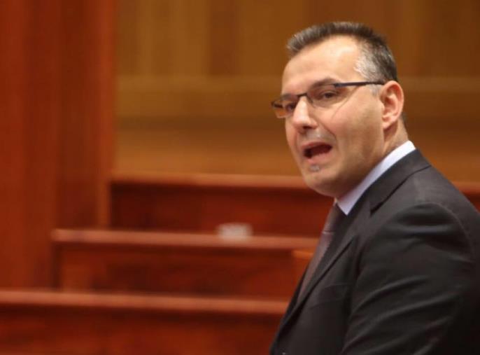 """images Giudiceandrea: """"Tanto rumore sulla legge sui vitalizi ma nessuno l'ha contestata"""""""