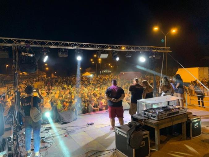 images Girifalco, successo per la prima edizione dell'Holi Festival