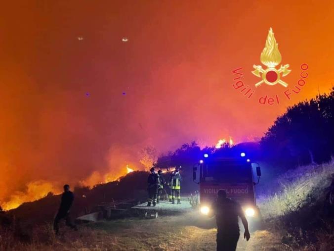 images Emergenza incendi in Calabria: anziano muore nel Reggino