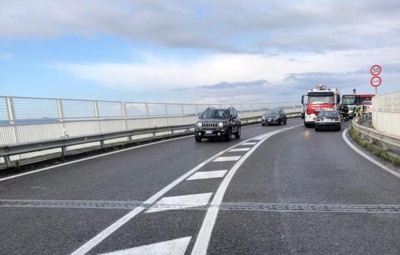 images Incidente a Guardia Piemontese, chiusa la s.s. 18 all'altezza del km 305