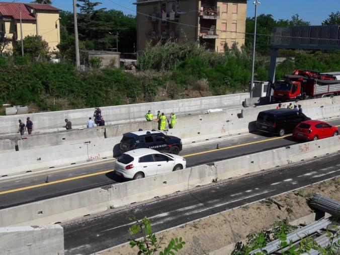 images Muore operaio sull'A2 del Mediterraneo a Francavilla Angitola: le nuove immagini della tragedia