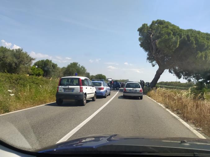 images Catanzaro. Incidente a Roccelletta di Borgia, traffico rallentato in entrambe le direzioni