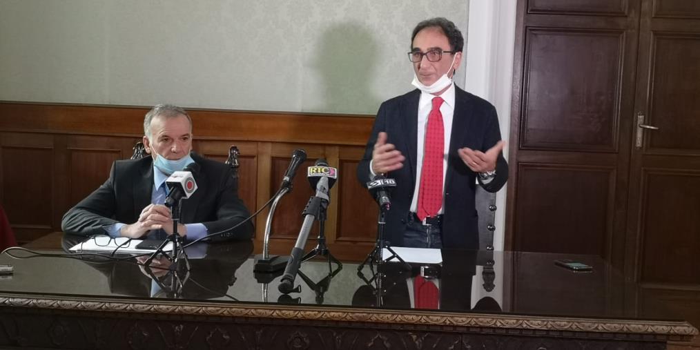 """images Abramo a Tallini: """"Io zero in politica? Ben venga se sono stato sindaco di Catanzaro per venti anni"""""""