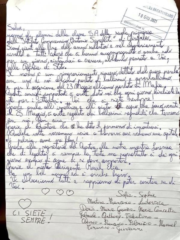 """images Gli studenti di Girifalco scrivono ai poliziotti della Questura di Catanzaro: """"Sappiamo di poter contare su di voi"""""""