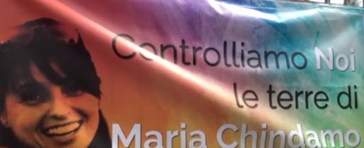 Video: Maria Chindamo. A cinque anni dalla scomparsa il sit-in in memoria dell'imprenditrice