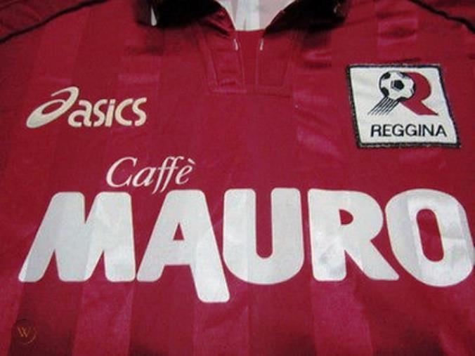 images Reggina: torna lo storico sponsor Caffè Mauro