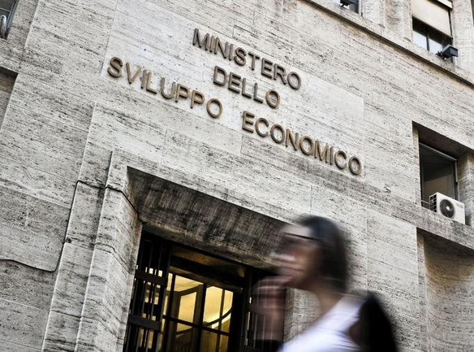 """images Ferro e Rizzetto (FdI): """"Grave assenza Di Maio al tavolo crisi dell'Abramo customer care"""""""