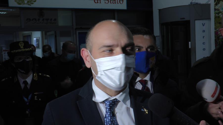 """images Il viceministro Morelli: """"L'aeroporto di Lamezia Terme fondamentale per il Sud. Ha bisogno di investimenti"""""""