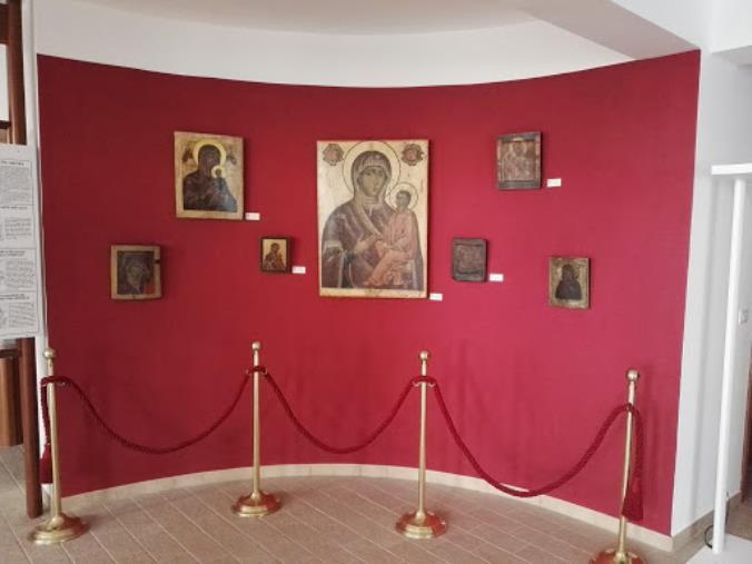 images Frascineto. Il museo delle icone partecipa alla challenge di Le Pass