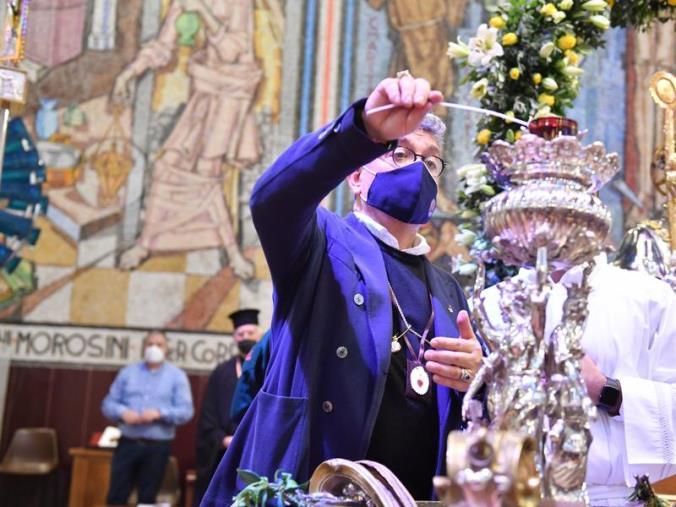"""images La preghiera di Spirlì a San Francesco: """"Ci illumini e ci dia la speranza di vincere questa battaglia contro il virus"""""""