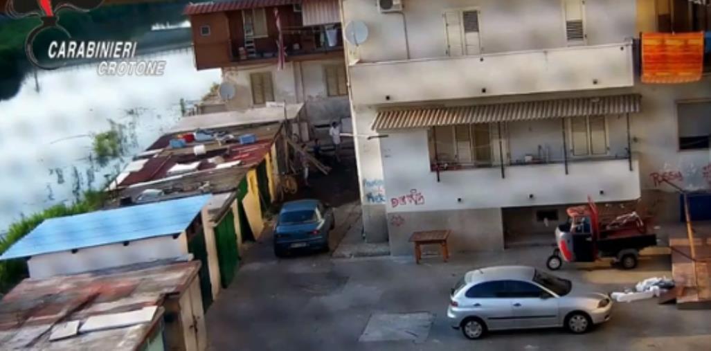 """'Ndrangheta. Operazione """"Orso"""" a Crotone: i timori di Andrea La Forgia per le reazioni al sequestro della """"copiata"""""""