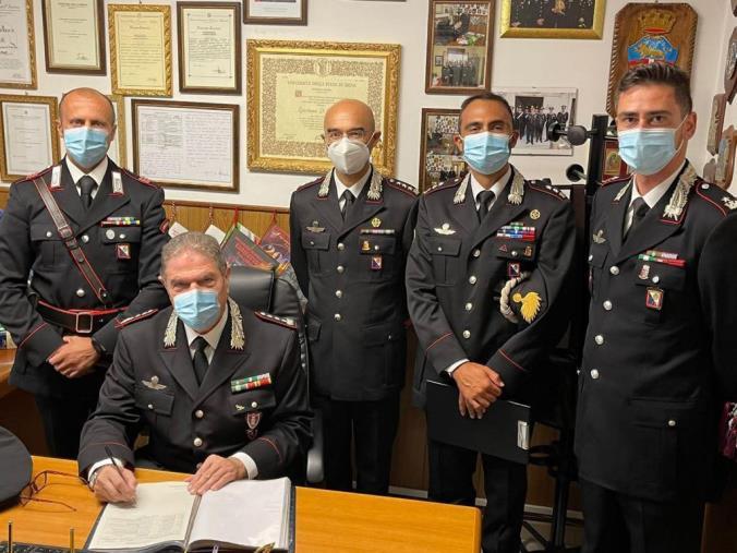 images Palmi. Il comandante interregionale in visita alla Compagnia carabinieri