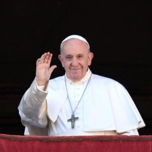 "images I padri minimi di Paola ""chiamano"" Papa Francesco: ""Lo aspettiamo al Santuario"""