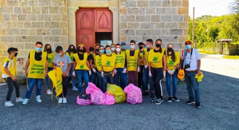 """images Legambiente """"pulisce il mondo"""", tanti giovani e volontari in azione anche in Calabria"""