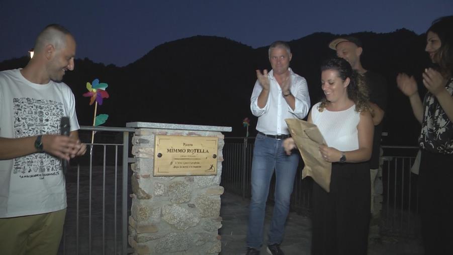 images Fossato Serralta, il borgo di Savuci rivive nel segno di Mimmo Rotella