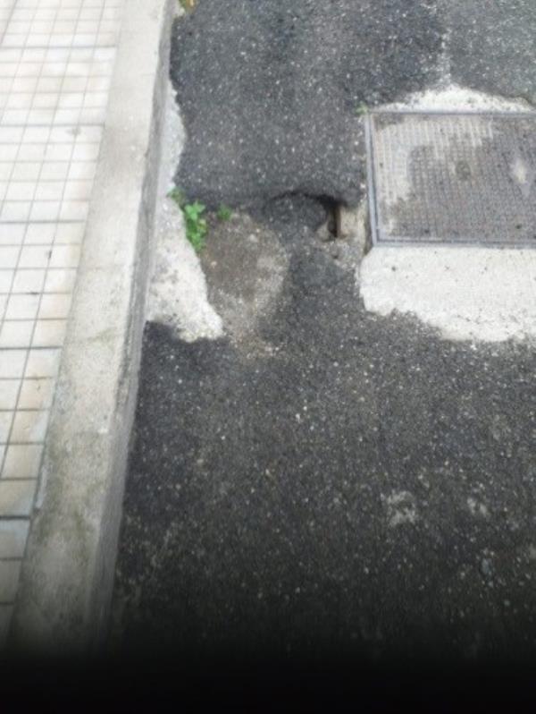 """Asfalto in via Bocconi nel quartiere Piano Casa, Santise (I Quartieri): """"Abramo verifichi gli interventi della gestione del territorio"""""""