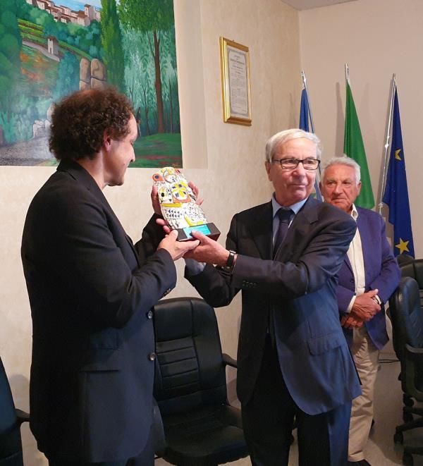"""images Il premio """"Cascella"""" 2019 di Nardo Di Pace va al maestro Francesco Tamiati"""