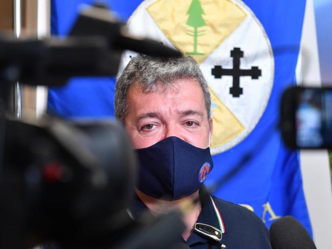 """images Emergenza incendi, Spirlì: """"Situazione drammatica, attivi 110 roghi in tutta la Calabria"""""""