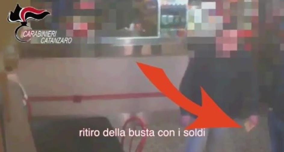 """Spaccio di droga nel Soveratese, operazione """"Prisoners tax"""": 22 condanne e 5 assoluzioni (I NOMI)"""