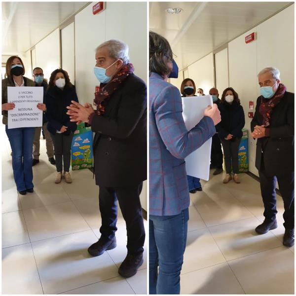 images Il commissario Longo fa vaccinare i soli dipendenti del Dipartimento Salute: scatta la protesta in Regione (FOTO E VIDEO)