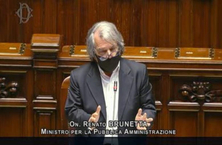 """images Brunetta: """"Smart working nella PA? E' lavoro a domicilio all'italiana"""""""