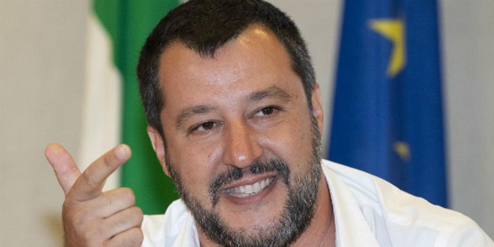 """images Coronavirus. Trasferiti i pazienti dalla Rsa di Chiaravalle Centrale in ospedale, Salvini (Lega): """"Missione compiuta"""""""