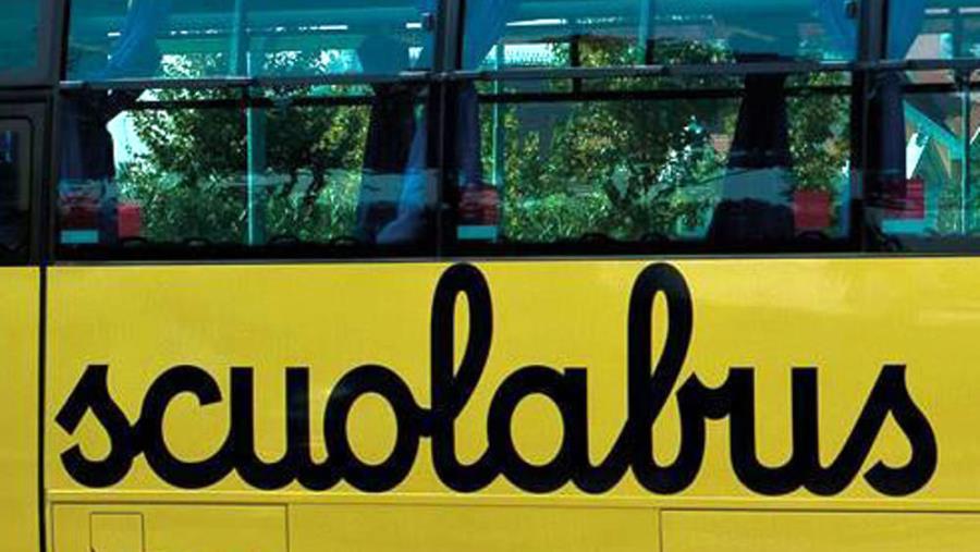 """Sospeso il servizio scuolabus a Pietrapaola, i genitori scrivono al sindaco: """"L'unica scuola attiva dista 12 chilometri dal centro"""""""