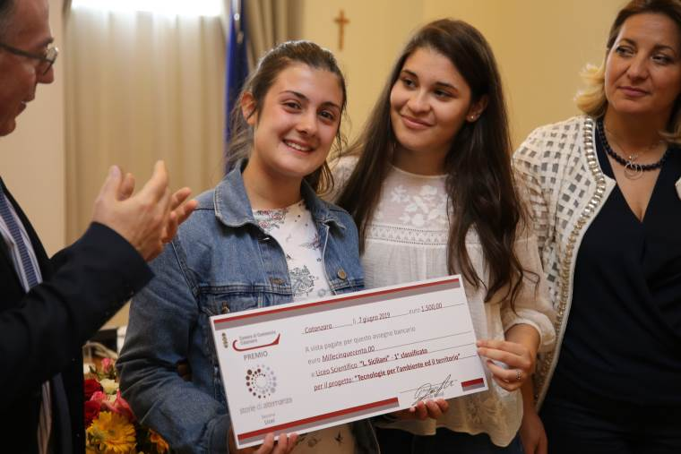 """images """"Storie di Alternanza"""", primo premio al Liceo scientifico Siciliani"""