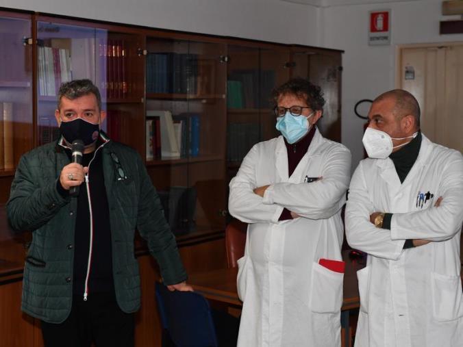 """images Spirlì in visita al Gom di Reggio Calabria: """"Grande eccellenza ma grave carenza di personale"""""""