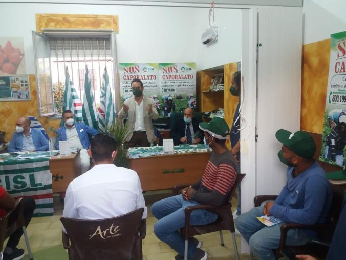 images Servizi per lavoratori agricoli e immigrati, ad Acconia di Curinga aperto un altro sportello Fai-Anolf