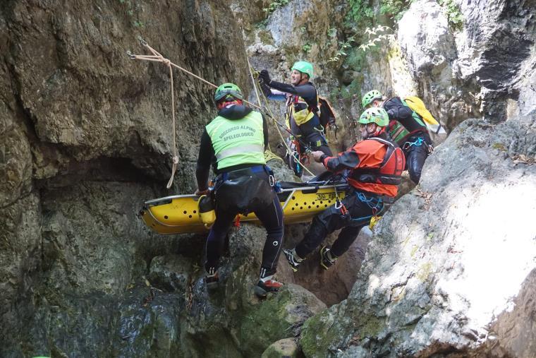 images Soccorso Alpino e Speleologico Calabria: conclusa la formazione dei tecnici delle squadre forra e gruppo Basilicata