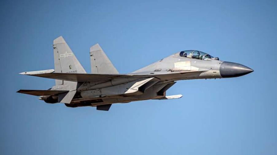 images La Cina stuzzica gli Usa con 38 caccia da guerra intorno a Taiwan: la situazione