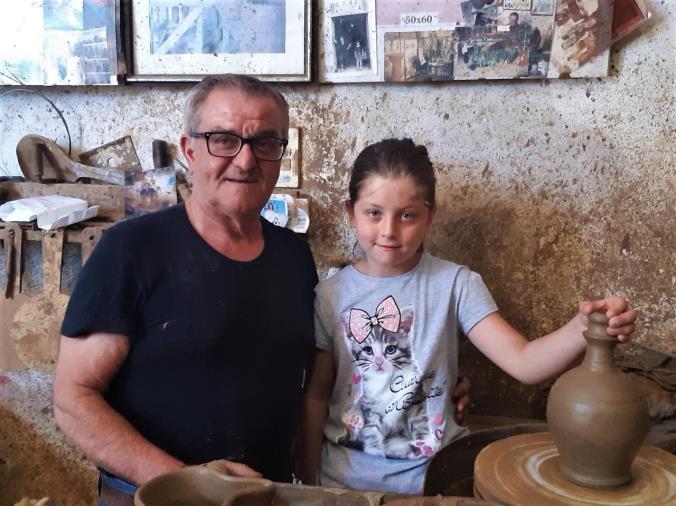 Viaggio a Seminara, nell'atelier delle ceramiche d'arte del maestro Ditto (VIDEO)