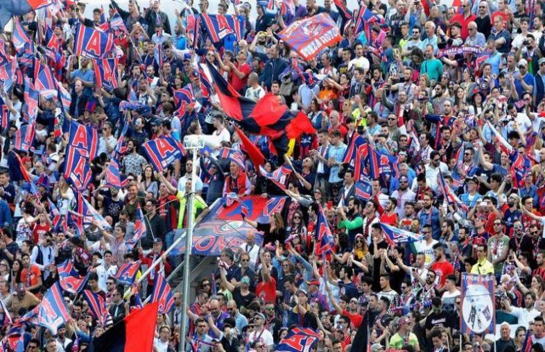 images Crotone, prorogata la campagna abbonamenti 2019-2020