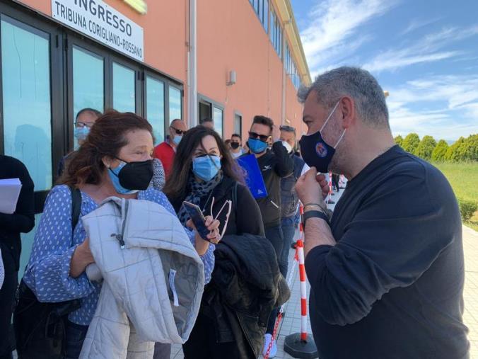 """images Covid, Spirlì a Corigliano Rossano: """"Vaccinate 800mila persone in tutta la Calabria"""" (VIDEO)"""