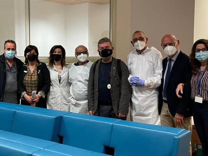 images Covid. Vaccinati tutti i dipendenti della Regione Calabria