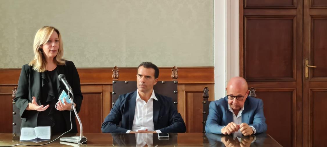 """images Scuola di cultura politica in Calabria, Vono (IV): """"Necessario costruire un ponte diretto tra la Calabria e l'Europa"""""""